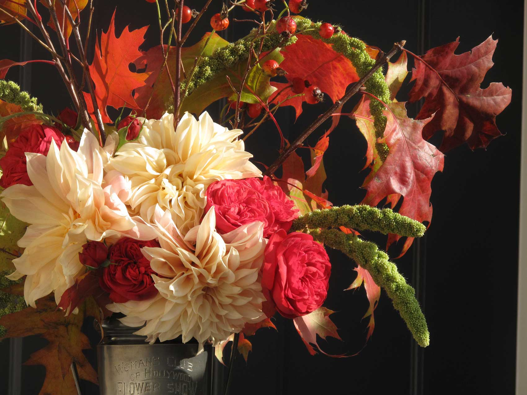dahlia-arrangement-by-D-Prinzing.jpg