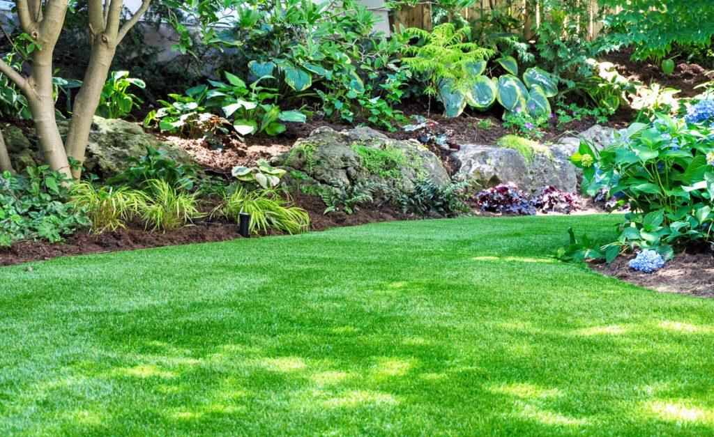 Best Mulch for Flower Gardens - Longfield Gardens